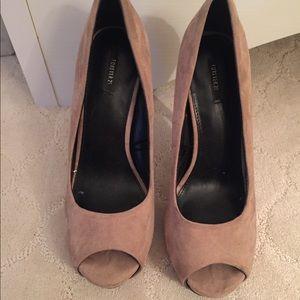 Forever 21 peep toe heels, size 9